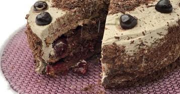 Вишни на снегу: зимний шоколадный пирог