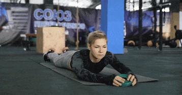 6 упражнений для профилактики боли и травм в тренажёрном зале