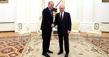 """""""Это совпадение"""". На встрече Путина с Эрдоганом оказались часы """"с намёком"""""""