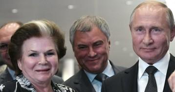 """Власти назвали """"атаками"""" на Россию критику Терешковой и Путина"""