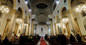 Впервые в современности: все церкви Рима закрывают из-за пандемии 