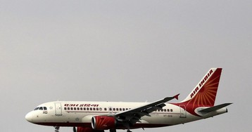 India to Stop Domestic Flights and Suspends Rail Service