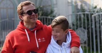 Навальный: сын-подросток вице-мэра Москвы нарушил карантин на Mercedes