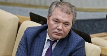 Уже в Госдуме: депутат Калашников заразился коронавирусом