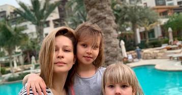 Юлия Пересильд укрылась от коронавируса с детьми и родителями в деревне Калужской области