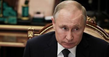 """""""Левада"""": рейтинг доверия Путину за 2,5 года упал вдвое. Песков усомнился"""