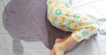 9 шагов к сухой постели: как пережить период мокрых ночей