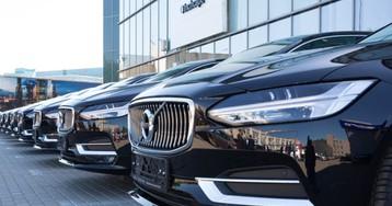 Сервис частных водителей Wheely возобновил работу в Москве