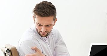 Болит правая рука, что делать? 8 упражнений