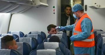 Авиакомпании в России снизили цены на междугородние билеты в 2 раза