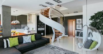 В гостях у дизайнера: двухэтажная квартира в Крыму