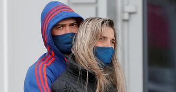 «Переобулись»: ВОЗ выпустили новые рекомендации по ношению масок