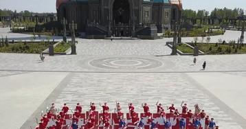 Юнармейцы провели флэшмоб к годовщине Победы