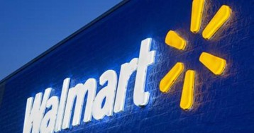 "Walmart to stop selling ""All Lives Matter"" T-shirts"