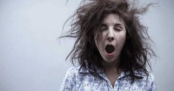 Как недосып сказывается на коже и на волосах