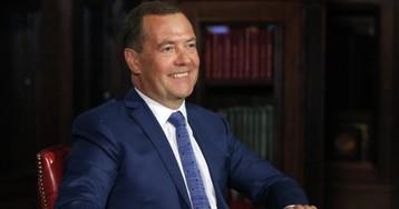 «При вас хорошо было». Медведев рассказал о жизни после отставки