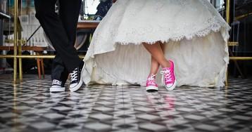 Чё делать на свадьбе) Что надевать и что дарить