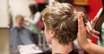 Как подстричь волосы кому-то? Как ровно подстричь волосы? Как правильно стричь?