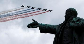 Пенсии, пособия и авиаперелеты. Что изменится в России с августа