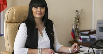 У судьи случилась истерика во время задержания в ресторане Волгограда