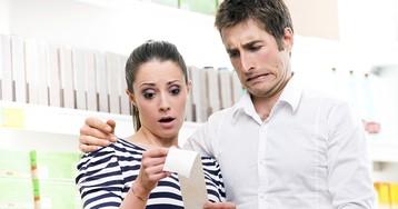 Для чего кассиры надрывают чек при покупке. Заговор или привычка