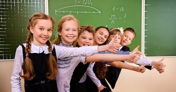 В ЛДПР предложили ввести выплаты на сборы в школу