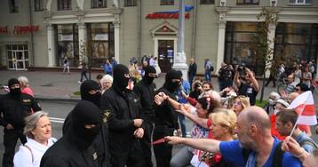 На акции протеста в Минске задержали более 100 человек