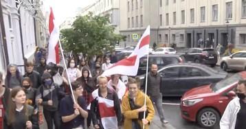 ОМОН начал разгонять протестующих студентов в Минске