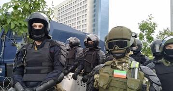 В Минске сообщили о пострадавших в стычках с силовиками