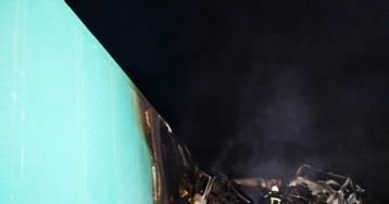 Два человека сгорели в кабине грузовика в ДТП под Николаевом (видео)