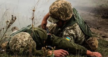 На Донбассе погиб украинский военный, еще трое получили ранения