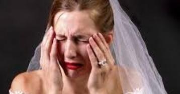 В Днепре злоумышленники украли сумку у невесты на свадьбе, после чего поехали грабить квартиру