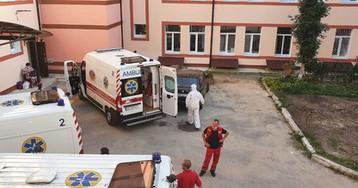 Тут - ад на Земле: мэр Немирова рассказал, как они с женой лечились в больнице от Covid-19