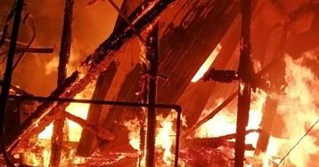 На Полтавщине неизвестные сожгли церковь (фото)