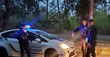 В Запорожье патрульный на служебном авто сбил мужчину, который выбежал на дорогу