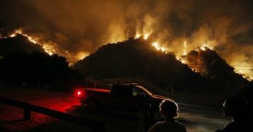 Назападе США сильнейшие лесные пожары— как минимум впятый раз запоследние семьлет! Почему там что нипожар, торекордный?