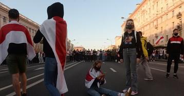 «Ясчастлива быць беларускай». ВБеларуси завершился 43-й день протестов. Особенно жестко было вБресте, нозадержанных меньше, чем неделю назад