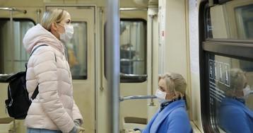 Женщина погибла, упав под поезд в московском метро