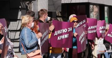 Охрана Порошенко не подпустила людей к экс-президенту в Днепре