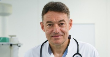 Главный онколог Минздрава назвал четыре простых симптома рака