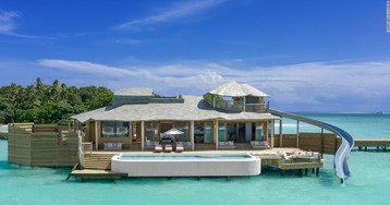 'World's largest' overwater villas open in Maldives