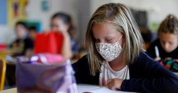 Московская мэрия может вернуть школьников на удаленное обучение