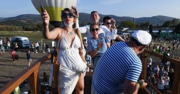 Крымские каникулы: что творится с коронавирусом на полуострове