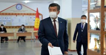 В Бишкеке на фоне протестов повторно ввели режим ЧП