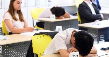 Ковидное поколение: почему «удаленка» в школах - приговор российским детям