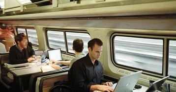 Эксперт рассказал, куда нельзя ставить включенный ноутбук