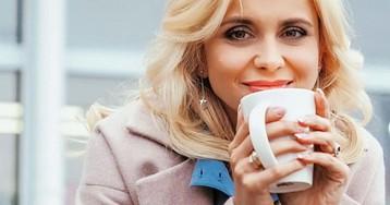 Дико красивая: Лилия Ребрик с шикарным декольте поделилась секретом счастья