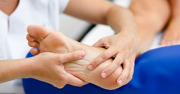 Постоянно холодные ноги могут указывать на серьезные болезни