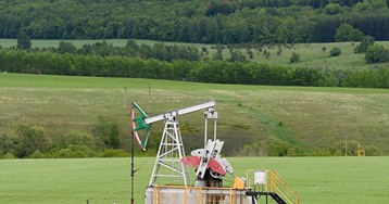 Добыча нефти в США за неделю снизилась на 600 тысяч баррелей в день
