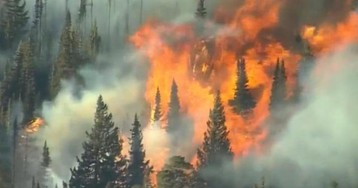 "Colorado wildfire burning 6,000 acres per hour is ""getting worse"""